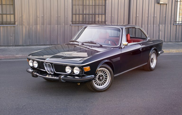 1973 BMW 3.0CS Coupe – Black and Red