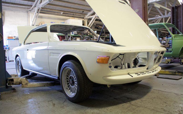 1974 BMW 3.0CS – Papa's Root Beer Float